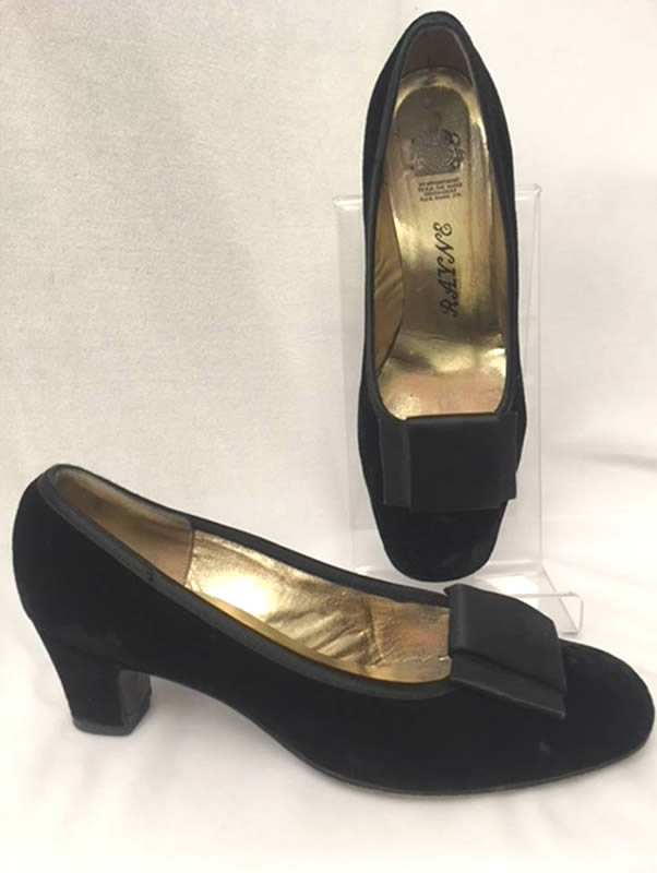 1960s vintage velvet shoes
